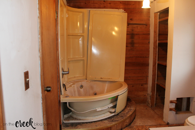 cabin bathroom before renovation