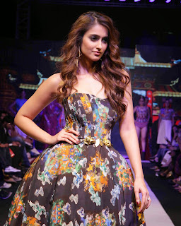 Actress Ileana DCruz Pictures On The Ramp at Madame Style Week 2014  3