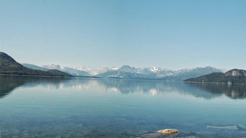 Las huellas del cambio climático en Alaska durante más de 100 años Muir+Glacier+and+Inlet+(2005)-+This+is+Alaska's+Muir+Glacier+&+Inlet+in+1895.+Get+Ready+to+Be+Shocked+When+You+See+What+it+Looks+Like+Now.
