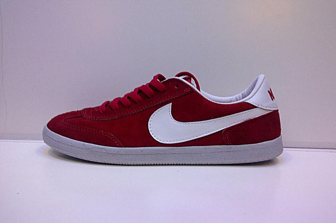 Sepatu Nike BTW