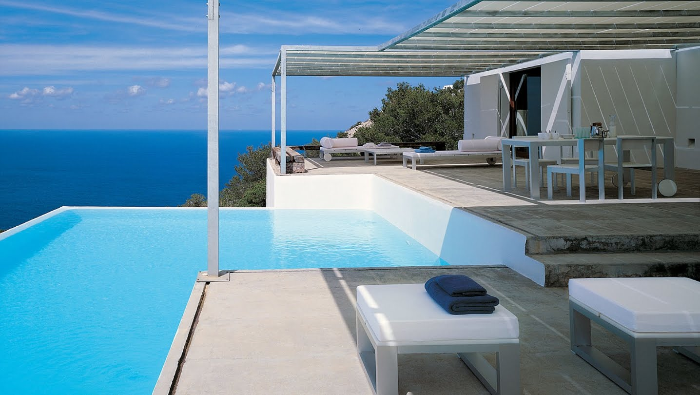 modern design - Outdoor Swimming Pool Designs