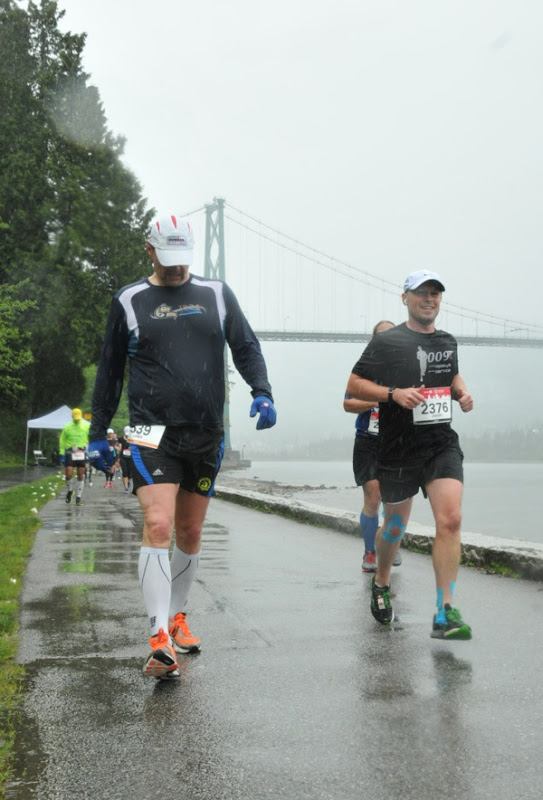 Running rainy Vancouver Marathon 2014