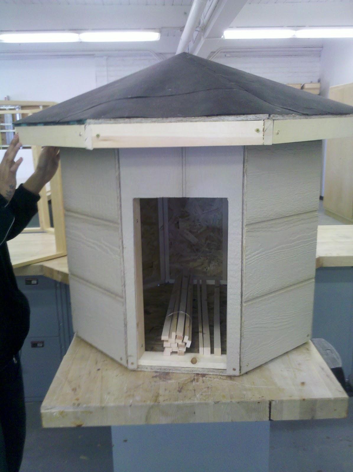 how to build a hogan house