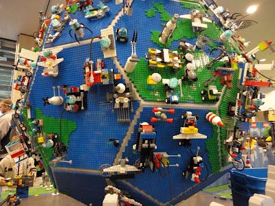 Dla LEGO-maniaków:)