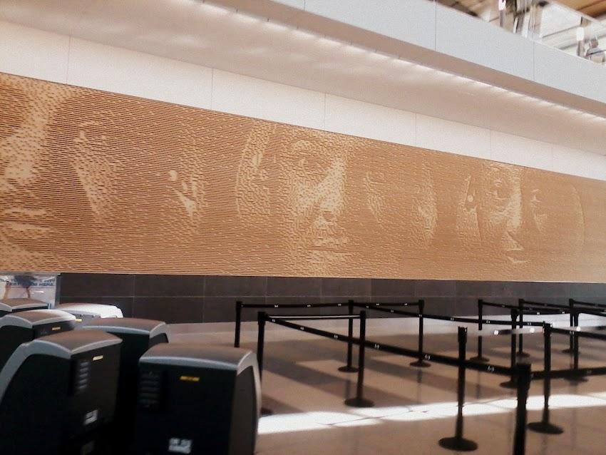 Airport Art Tour