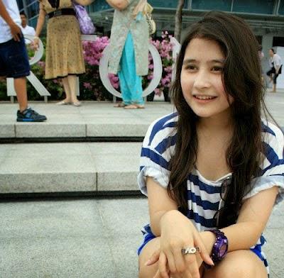 Kumpulan Foto Prilly Latuconsina