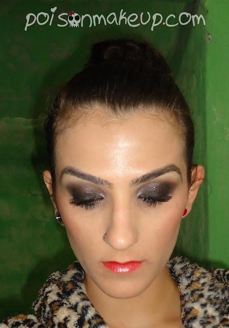 Maquiagem preta