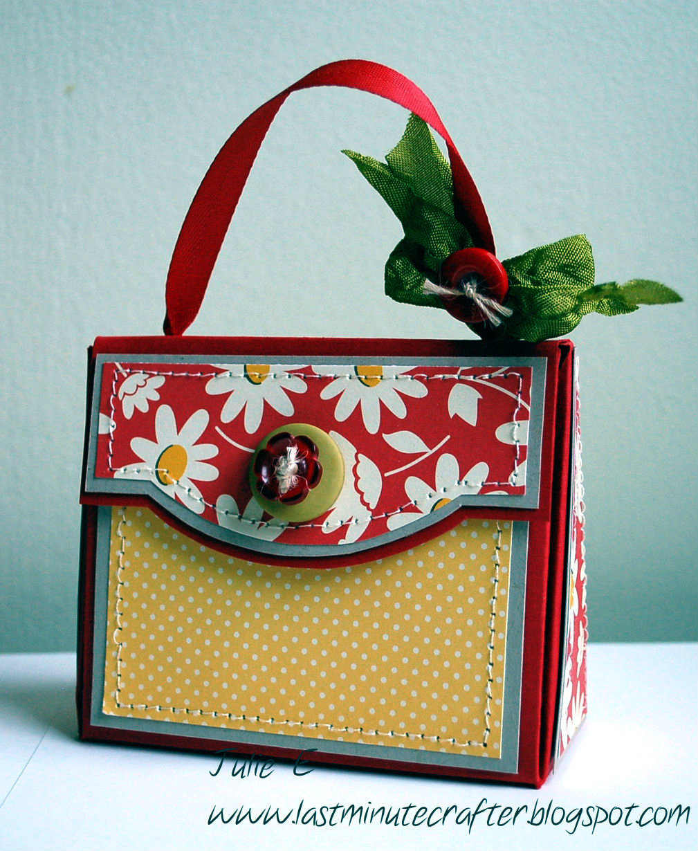 T filled paper purse it is made using one of my favorite templates