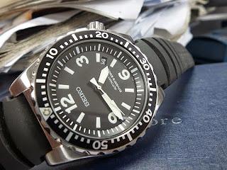 rm1999: seiko pilot-diver 200m