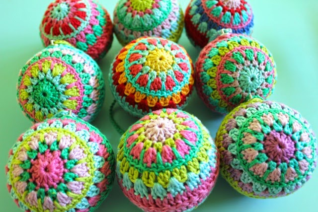 Free Crochet Pattern Christmas Bauble : Crochet Christmas Baubles. Love. little woollie Bloglovin