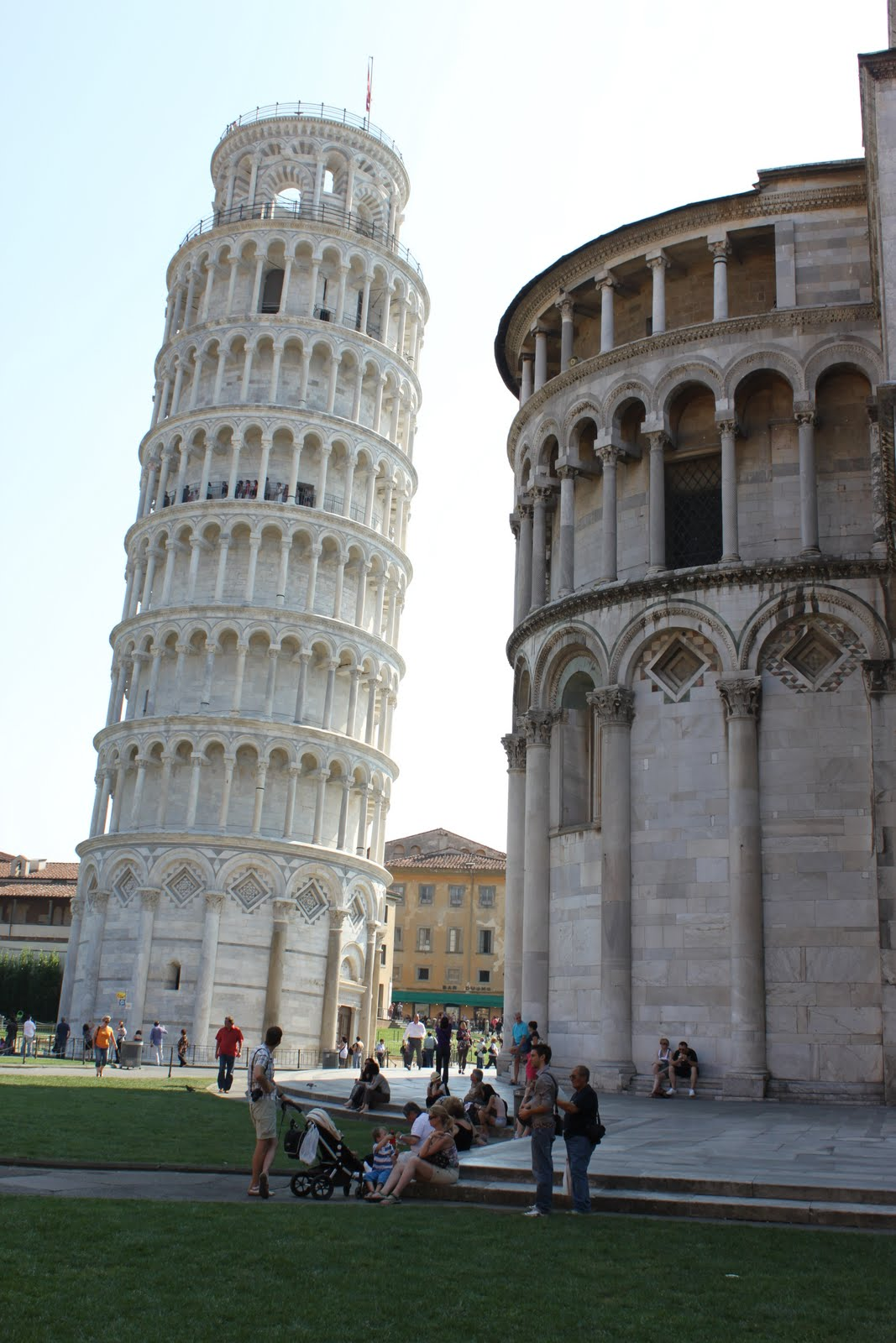 Leaning tower of pisa at tuscany italy lense moments - Leaning tower of pisa ...
