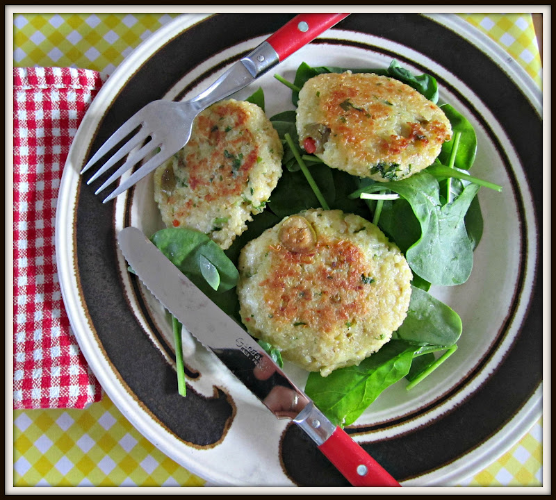 Eating in Denmark: Lemon, Olive, Parsley Quinoa Cakes