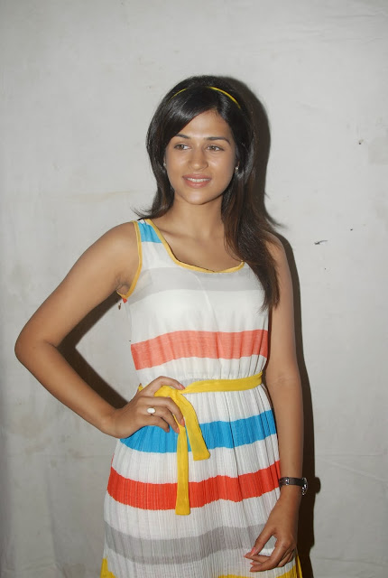Shraddha Das At Spreading Smiles Day Event