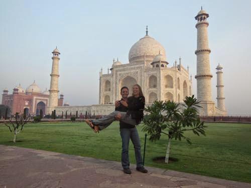 Bỏ việc bán nhà đi du lịch vòng quanh thế giới