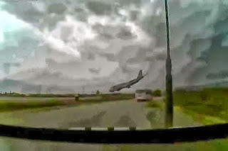 4 Seconds Before The Associated Airline Plane Crashed