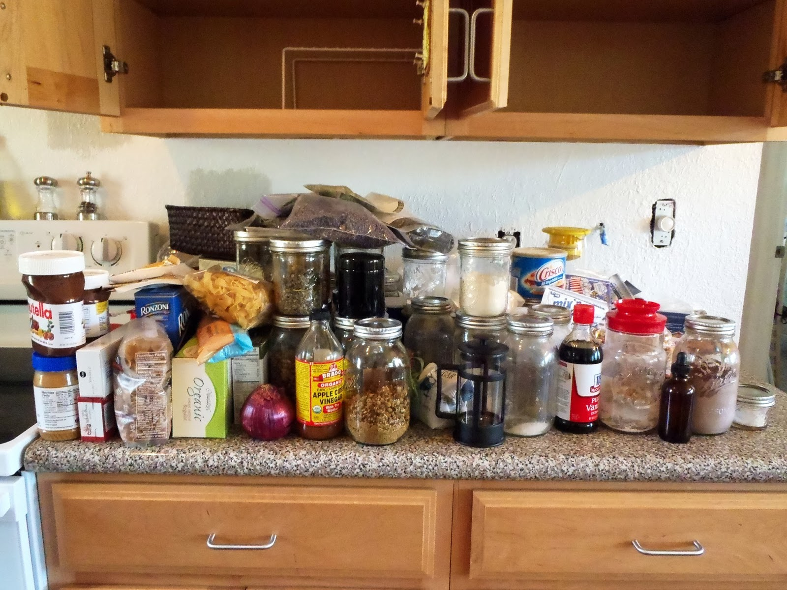 Messy Construction Kitchens : Turning it home a messy kitchen no more