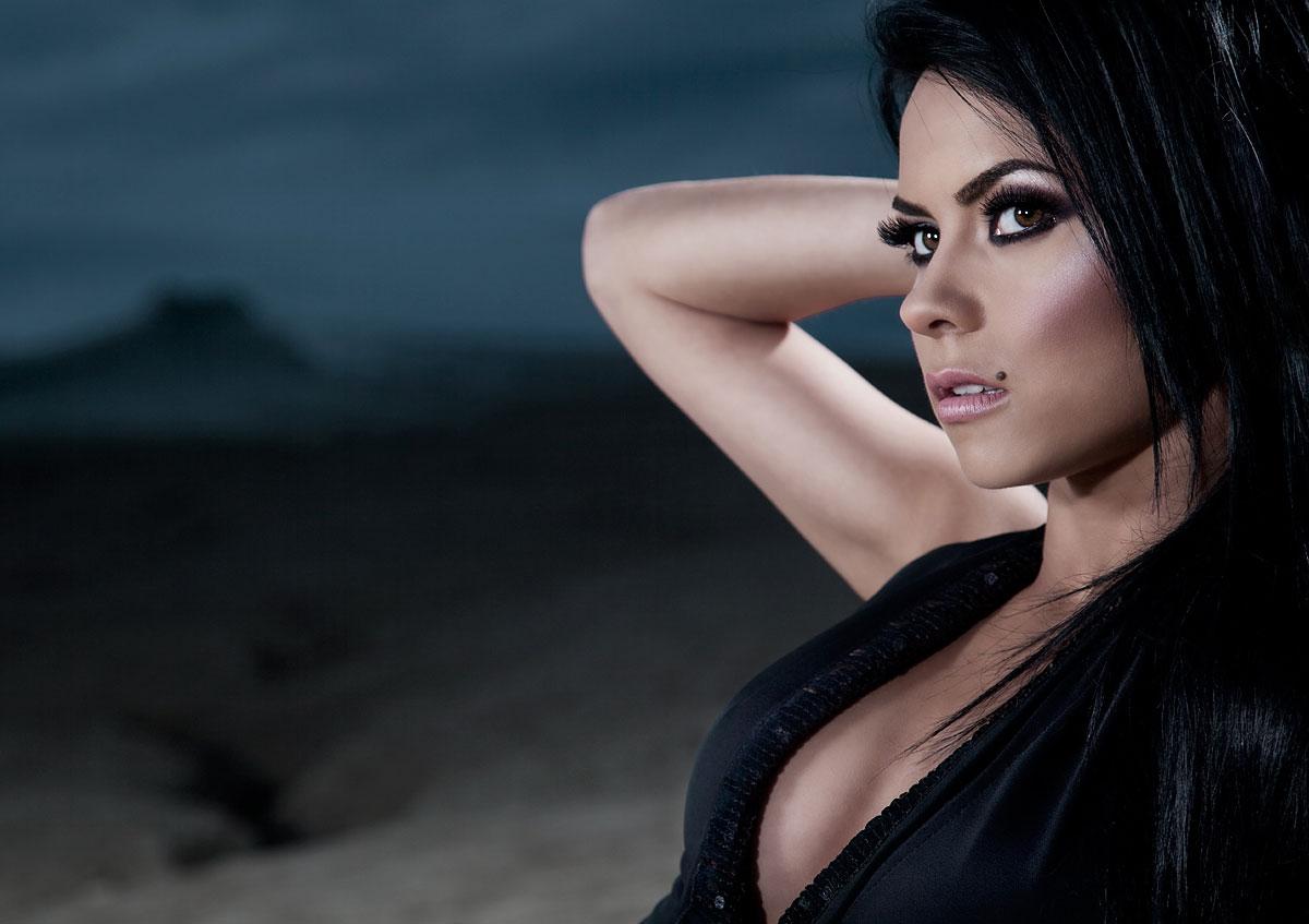 Elena Apostoleanu / INNA Nude Photos 85