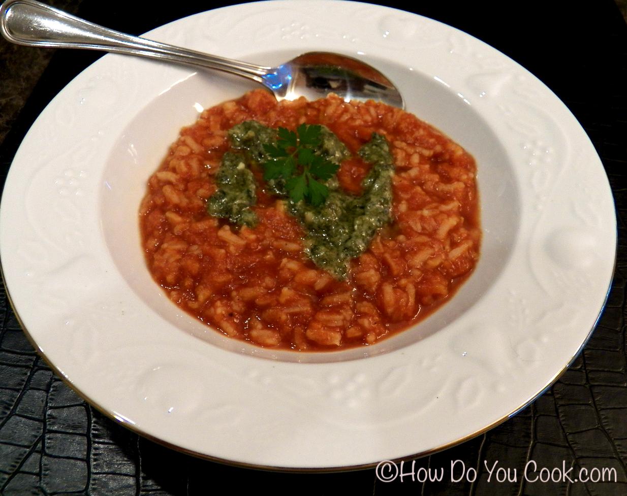 How Do You Cook.com: Creamy Tomato Rice Soup with Pesto