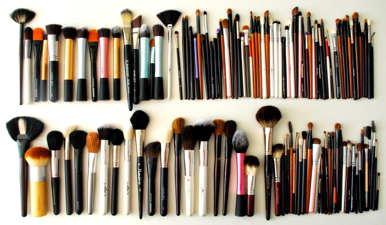 Kosmetyczne skarby cz. 1 - zbiór moich pędzli do makijażu.