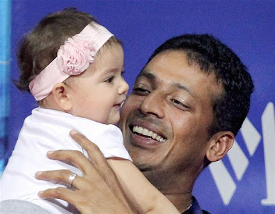 Mahesh Bhupathi and daughter Saira