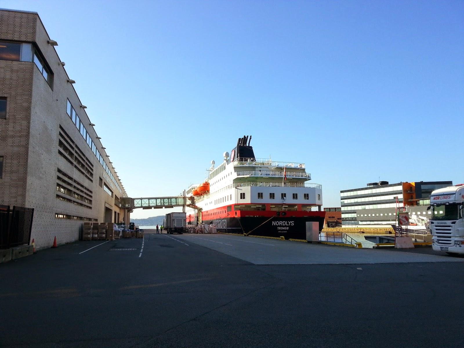 Hurtigruten MS Nordlys in Bergen