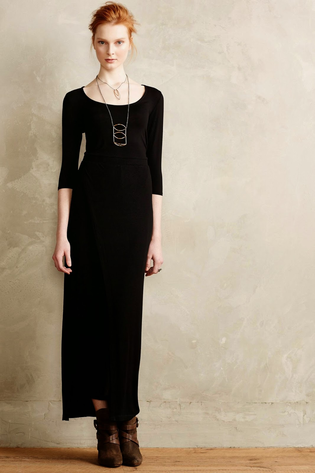 Modest black maxi dress with sleeves | Follow Mode-sty for stylish modest clothing #nolayering tznius orthodox jewish muslim hijab mormon lds pentecostal islamic evangelical christian