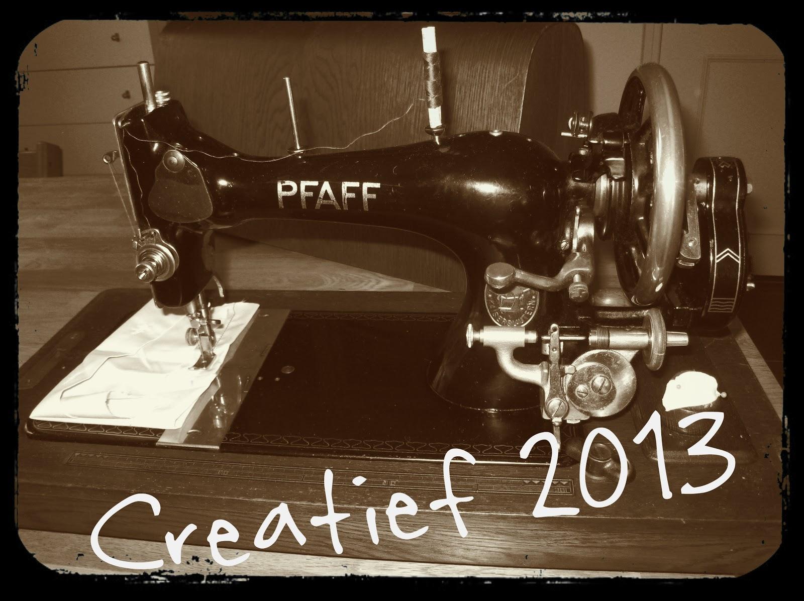 Oude Pfaff naaimachine, creatief 2013