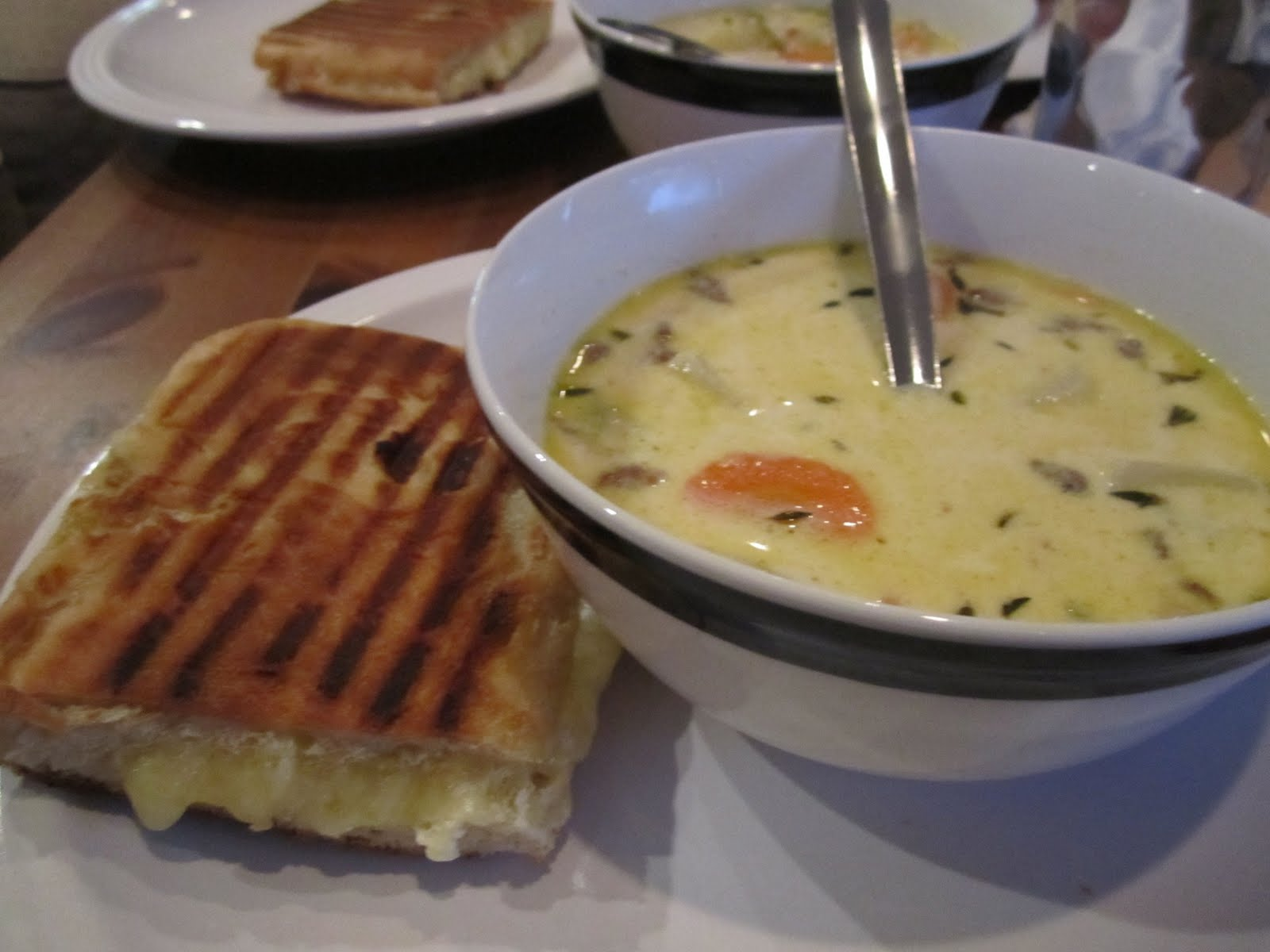 ... awesome: an attempt at Hog Oyster's clam chowder and grilled cheese