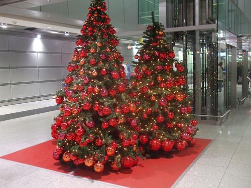 Muebles y decoraci n de interiores arreglo de arboles de - Ver arboles de navidad ...