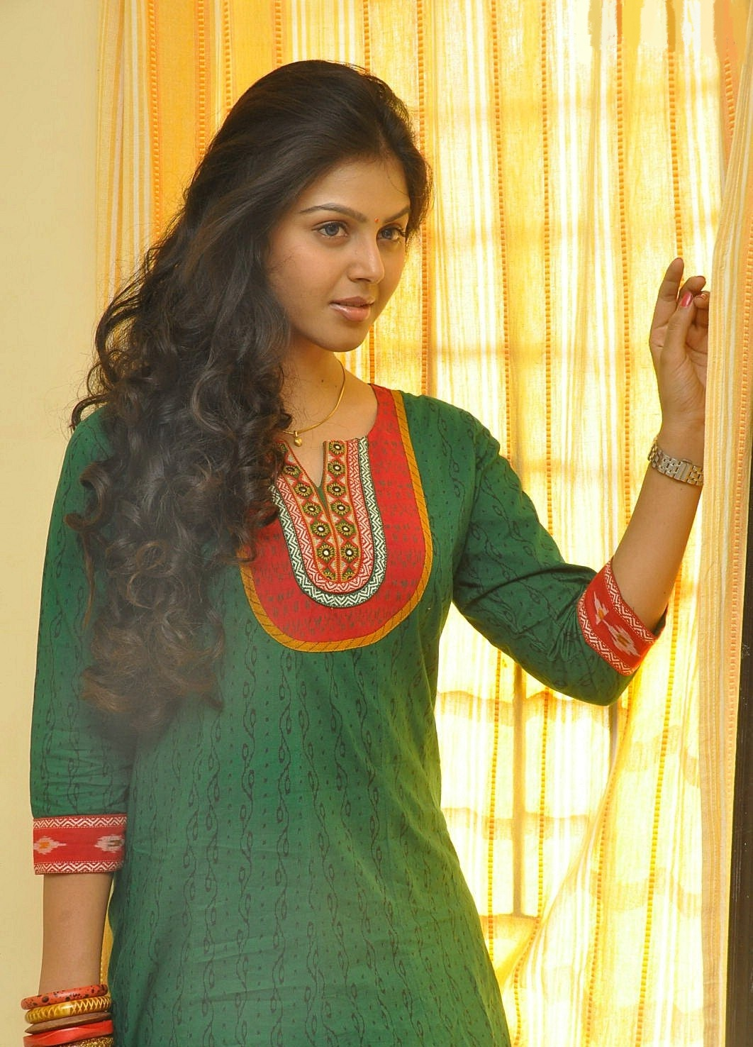 Monal Gajjar Looks Absolutely Gorgeous In Green Dress In Her Latest Photoshoot