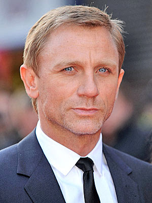 DANIEL CRAIG COOL HAIRCUT
