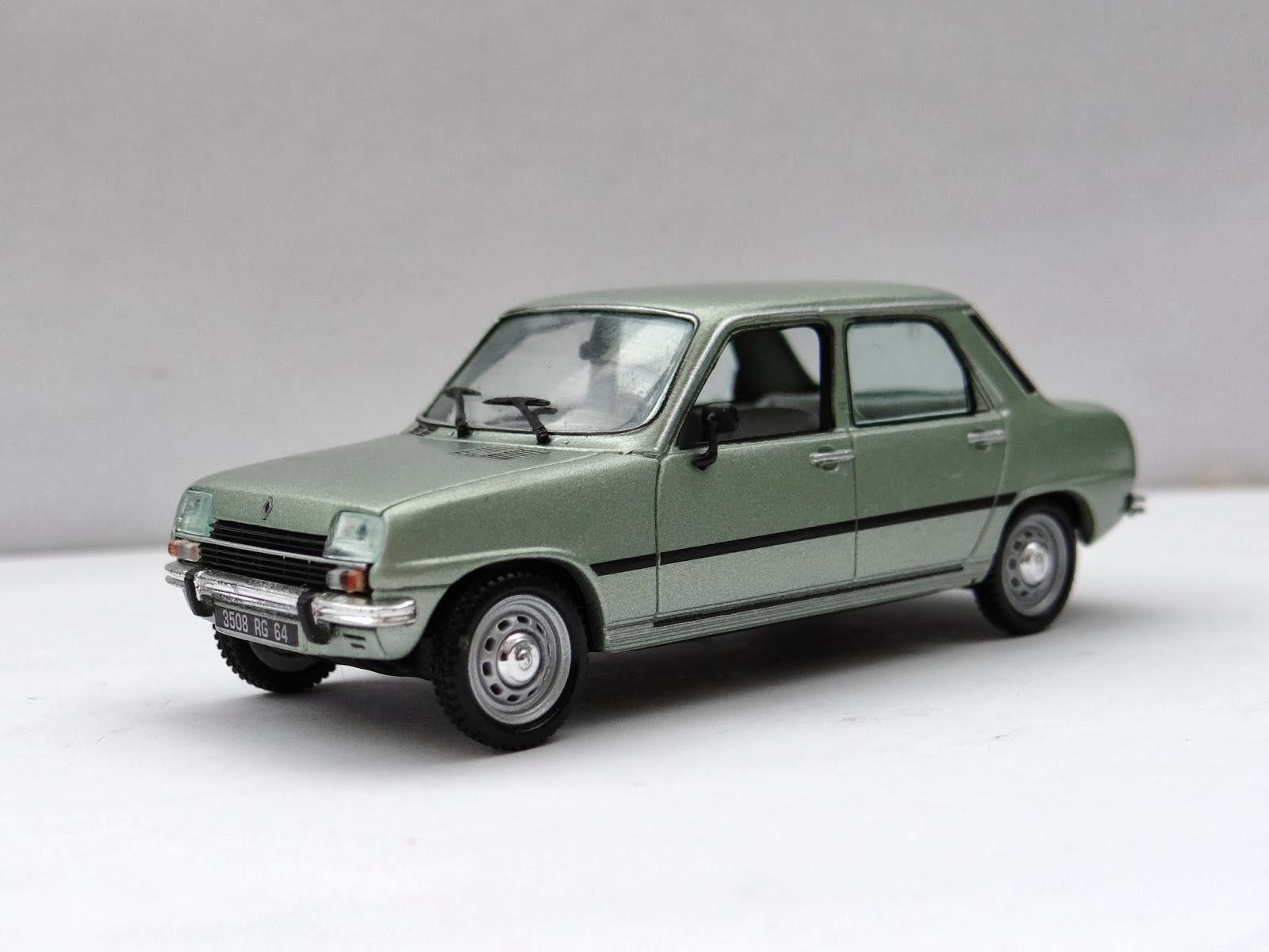 Modele likewise Fiat 131 19741985 Italia furthermore 327707310378544062 also Renault 7 Tl as well Ford Capri. on 1974 alfa romeo