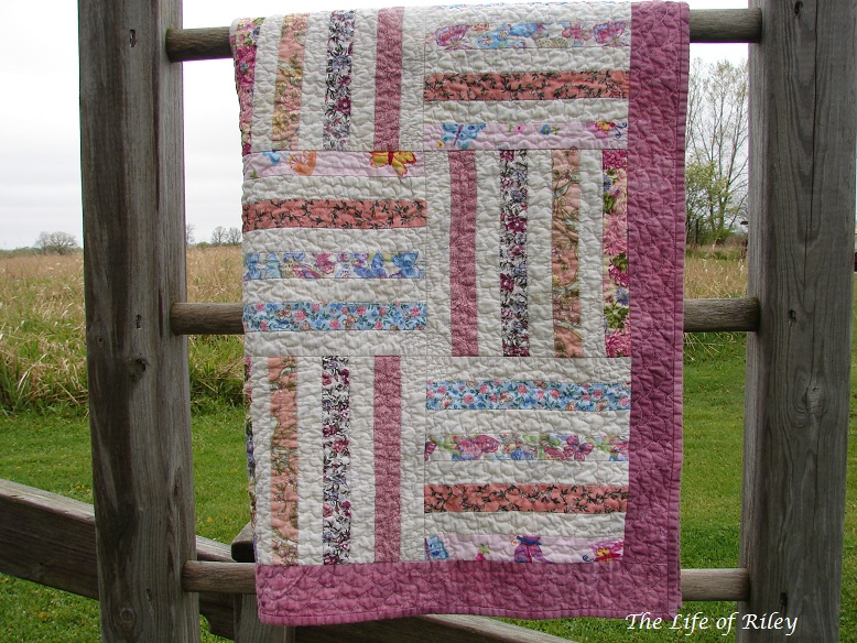 Quilt Pattern Split Rail Fence : The Life of Riley: Split Rail Fence Baby Quilt