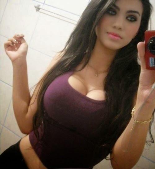Chicas que queman con senos gigantes DOGGUIE