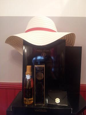 Visuel du chapeau offert pour l'achat du coffret Mythic Oil.
