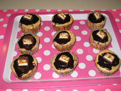 Mini Snickers cheesecakes
