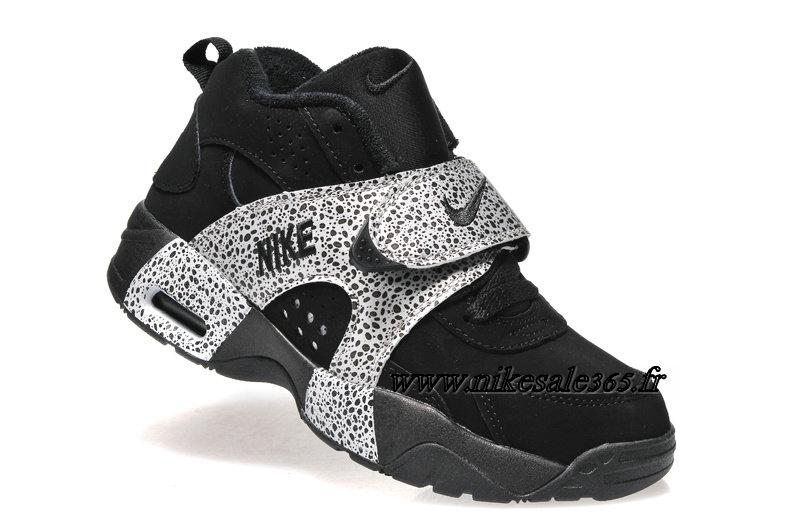 nike air veer chaussure training pour homme noir gris. Black Bedroom Furniture Sets. Home Design Ideas