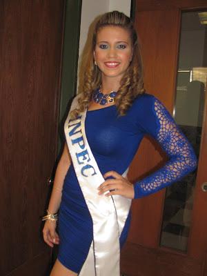 Señorita Impec 2013