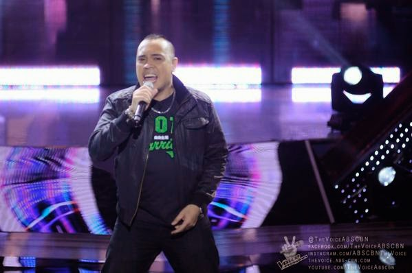 "Mark Dagal sings ""Superstition"" on 'The Voice PH' Blind Auditions"