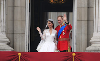 The double-buss set off a wave of euphoria and celebrations for the newly dubbed duke and duchess of Cambridge across England and even in former colonial outposts like New York City.