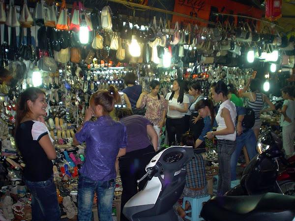 Tiendas de zapatos en Hanoi