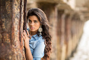Aishwarya Rajesh glam photo shoot-thumbnail-3