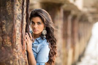 Aishwarya Rajesh glam pics 003.jpg