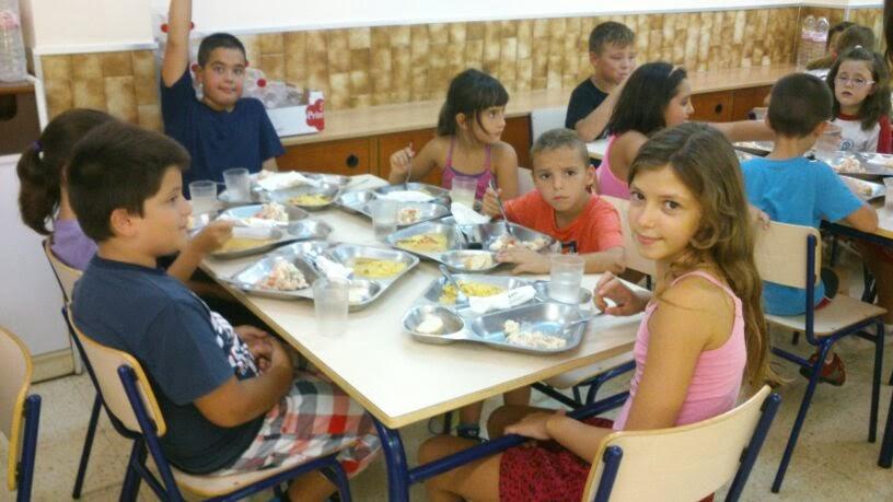 Educando la experiencia de un monitor de comedor escolar for El comedor escolar