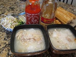 http://www.mami-eggroll.com/2011/10/ba-baw-krueng.html