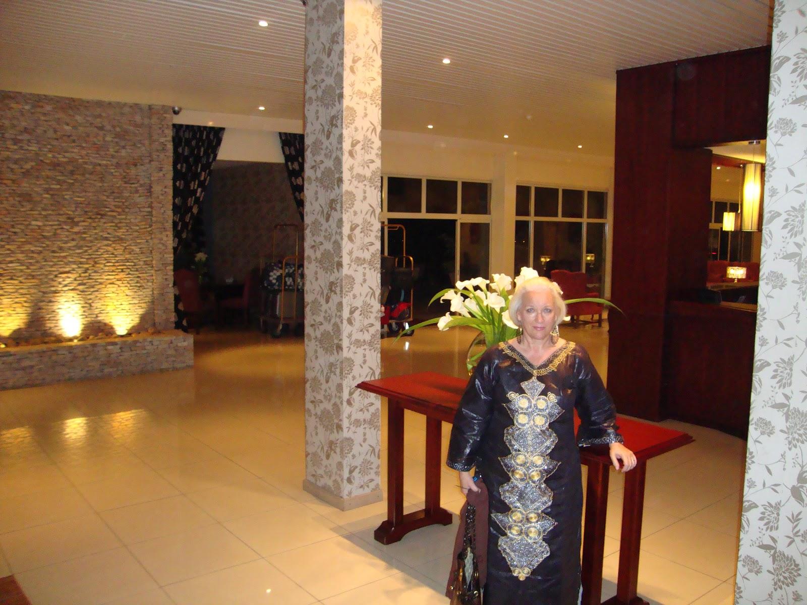 http://2.bp.blogspot.com/-7T0VMS5DPpk/T-QprPY-1-I/AAAAAAAAAQk/ET1vFZMbnoE/s1600/LD+Hotel+Lobby+2.JPG