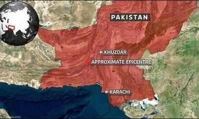 FORTE TERREMOTO IN PAKISTAN - 50 MORTI, DECINE DI FERITI, CASE CROLLATE