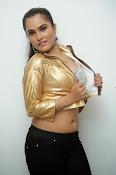 New Actress Pooja glam pics-thumbnail-3