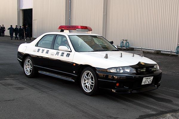 Nissan Skyline GT-R R33 police  警察 japoński policyjny samochód