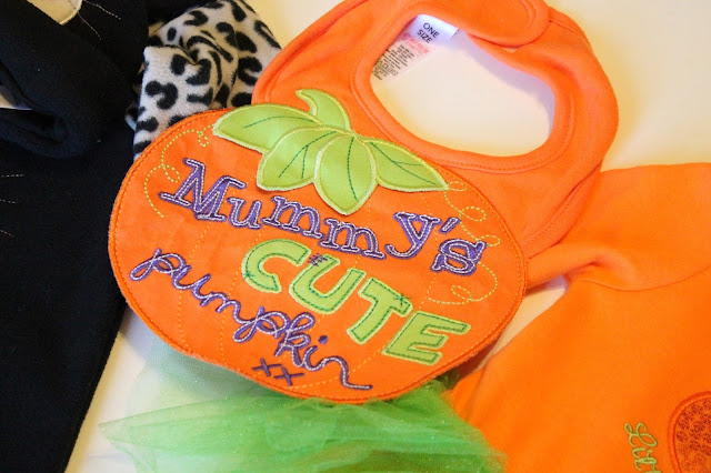 pumpkin halloween baby vest mummy's cute pumpkin text